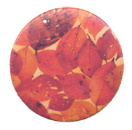 BeautyFall pendants' rather than 'wooden pendant with autumn leaves'